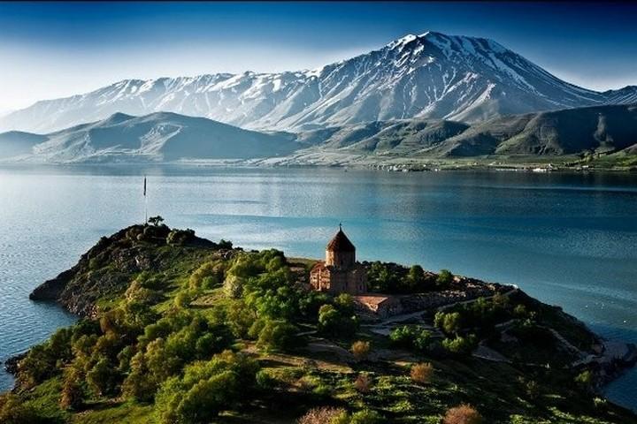Озеро Севан