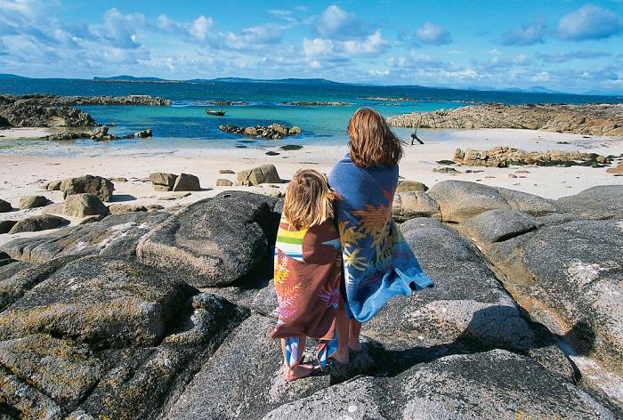 Лето в Ирландии не может постоянно радовать ясным небом, ярким солнцем и жаркой погодой. Фотограф: Holger Leue.