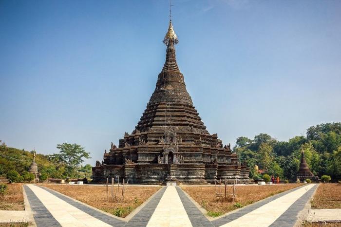 Священная пагода в Мраук-У. | Фото: amusingplanet.com.